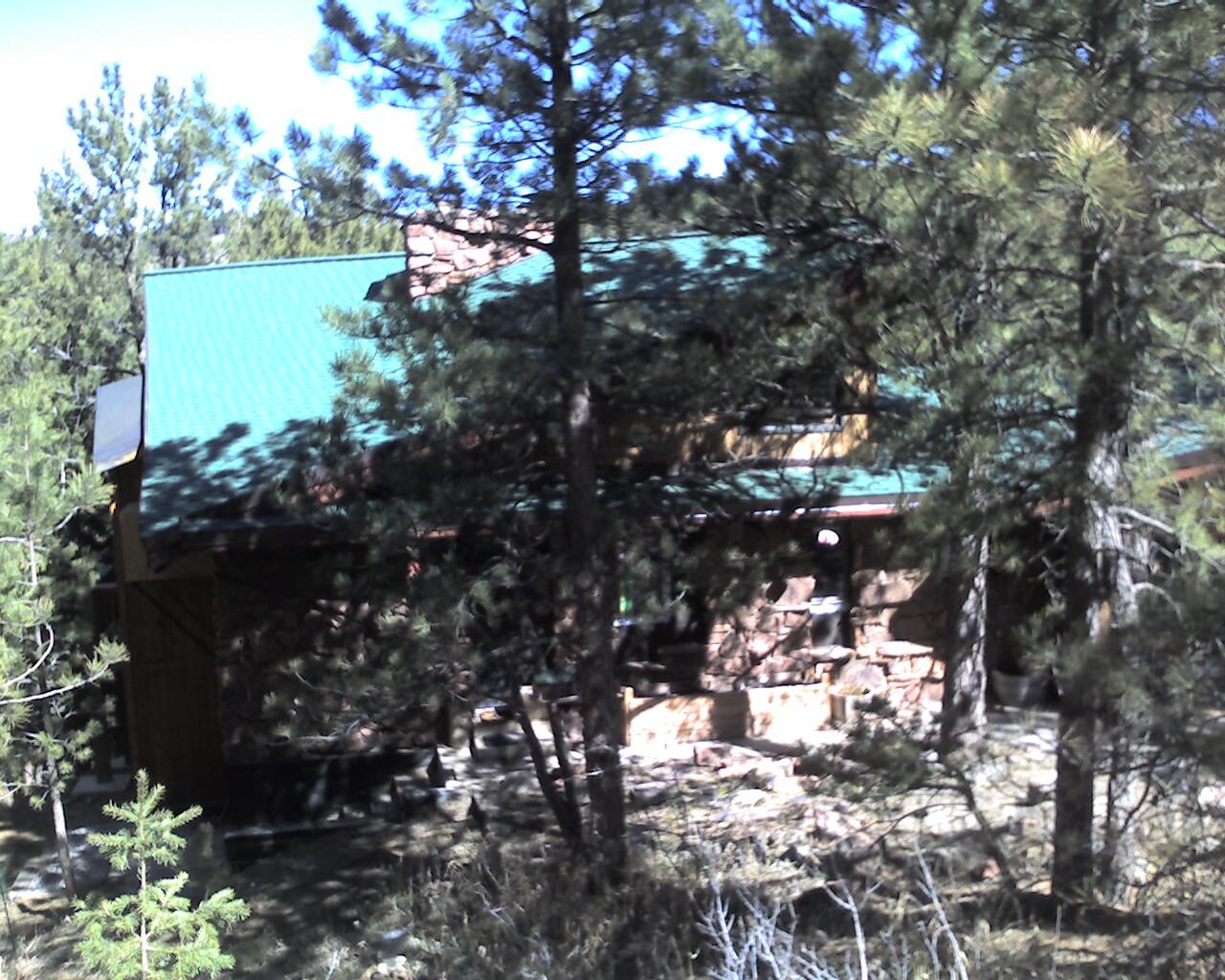 Presidential Shake Roof Boulder