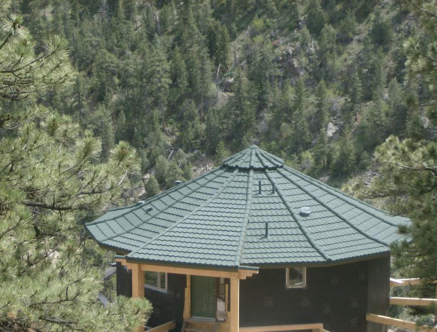 Round House Roofer Boulder